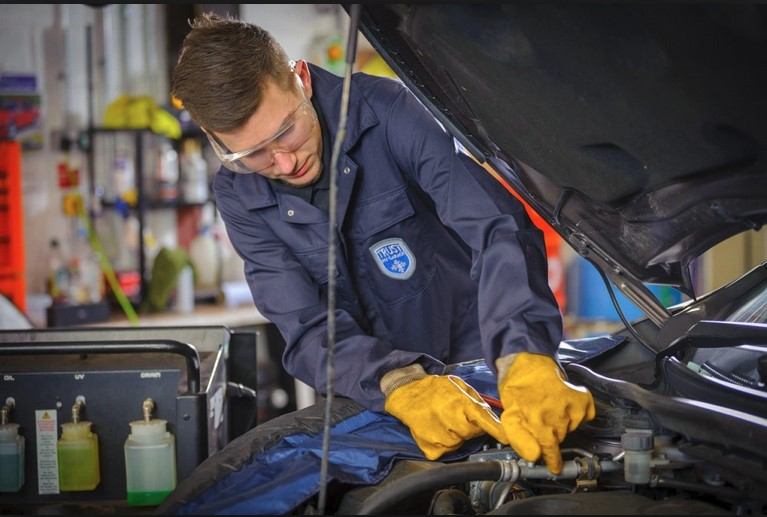 Things You Need to Know Before Servicing Your Automotive to The Garage